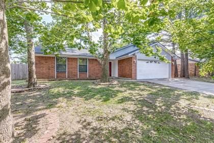 Residential for sale in 10008 Fairfax Terrace, Oklahoma City, OK, 73099