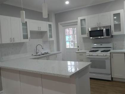 Apartment for rent in 200 Sanford Avenue South, Hamilton, Ontario, L8M 2H2
