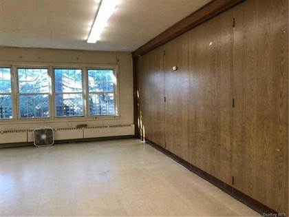 Commercial for rent in 2101 William Place, Merrick, NY, 11566