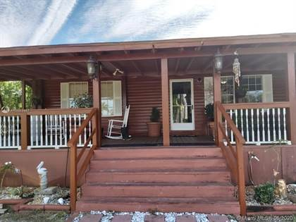 Residential for sale in 3955 HENDRY ISLES BLVD, Pioneer, FL, 33440