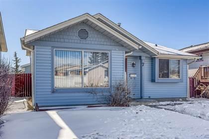 Single Family for sale in 7 Castlegrove Road NE, Calgary, Alberta, T3J1S7