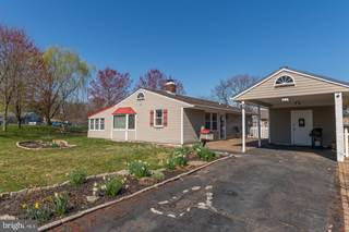 Single Family for sale in 21 DARK LEAF LANE, Levittown, PA, 19055