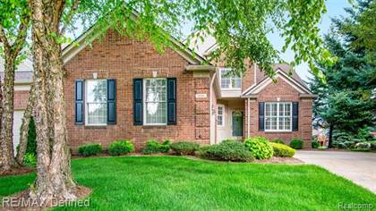 Residential Property for sale in 1606 BOULDER Court, Rochester, MI, 48306