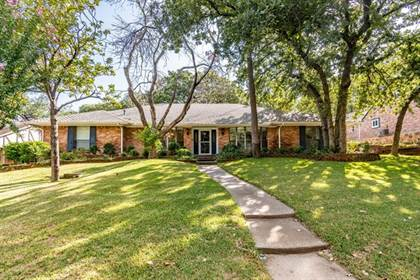 Residential for sale in 2715 Lincoln Drive, Arlington, TX, 76006