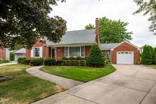 Single Family for sale in 20045 Berns Ct, Grosse Pointe Woods, MI, 48236