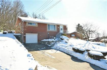 Residential Property for sale in 3104 Woodridge Dr, Whitehall, PA, 15227