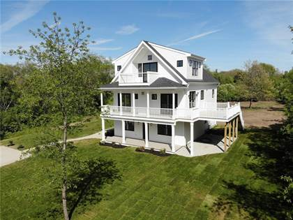 Residential Property for sale in 82 Baker Road, Greater Melville, RI, 02871