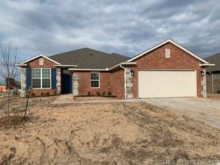 Single Family for sale in 4024 S 148th Place E, Tulsa, OK, 74134