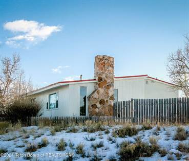 Residential Property for sale in 2056 PINEY DR, Big Piney, WY, 83113
