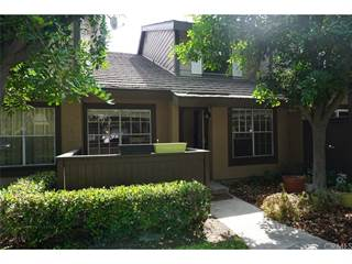 Townhouse for sale in 2320 S Cutty Way 104, Anaheim, CA, 92802