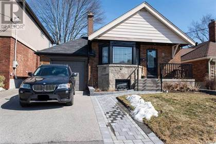 Single Family for sale in 15 WHITE PINE AVE, Toronto, Ontario, M4B2Z8