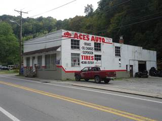 Comm/Ind for sale in 512 STEWART ST, Welch, WV, 24801