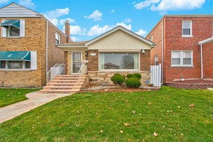 Residential for sale in 10626 South Forest Avenue, Chicago, IL, 60628