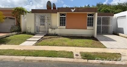 Residential Property for sale in Urb. Los Colobos #220 Calle Almendro, Carolina, PR, 00987