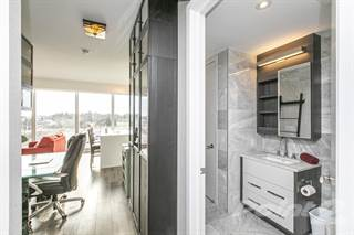 Condominium for sale in 111 CHAMPAGNE AVE, Ottawa, Ontario, K1S 2E8