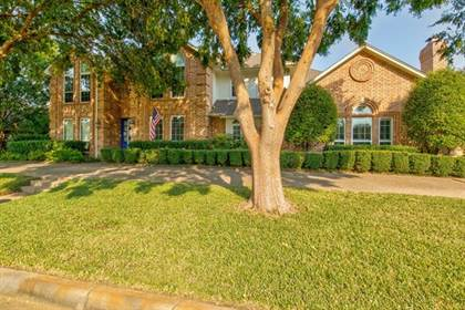 Residential for sale in 6715 Blake Drive, Arlington, TX, 76001