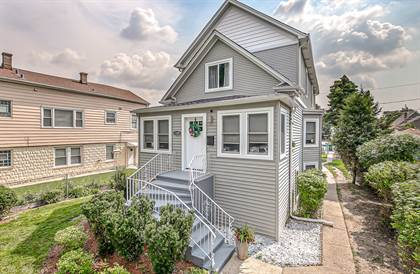 Residential Property for sale in 1329 Kenilworth Avenue, Berwyn, IL, 60402