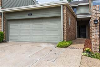 Townhouse for sale in 6792 E Northwest Highway, Dallas, TX, 75231