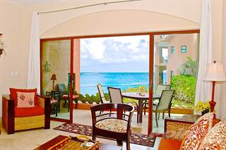 Condo for sale in Luna Encantada: Stunning 3 Bedroom Beachfront Condo for Sale, Playa del Carmen, Quintana Roo