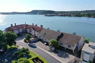 Townhouse for sale in 107 Island Drive Unit #5, Horseshoe Bay, TX, 78657