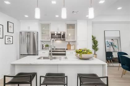 Apartment for rent in 6200 Variel Avenue, Woodland Hills, CA, 91367