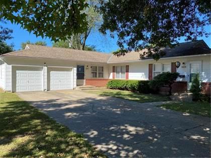 Multifamily for sale in 8426 Grandview Lane, Overland Park, KS, 66212