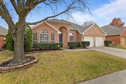 Residential for sale in 6302 Clear Pool Drive, Arlington, TX, 76018