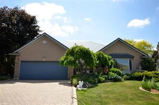Single Family for sale in 10 Onondaga Drive, Hamilton, Ontario
