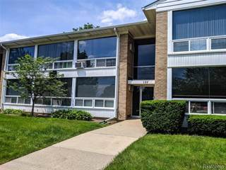 Condo for sale in 125 E 14 MILE RD 15, Birmingham, MI, 48009
