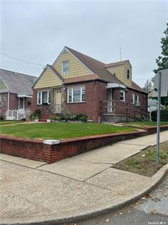 Residential Property for sale in 124 Carroll Avenue, Valley Stream, NY, 11580