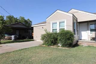 Multi-family Home for sale in 7 NW 13th St 9 NW 13th St & 1216 NW Arlington, Lawton, OK, 73507
