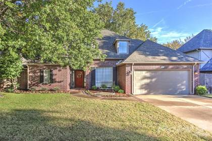 Single-Family Home for sale in 9931 E 97th St , Tulsa, OK, 74133