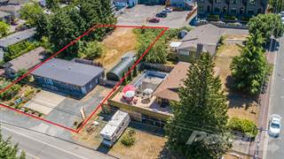Multi-family Home for sale in 210 1st West Avenue, Qualicum Beach, British Columbia, V9K 1H1