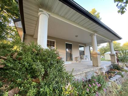 Residential Property for sale in 1927 W Fairview Avenue, Carthage, MO, 64836