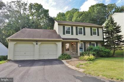 Residential Property for sale in 7589 RUXTON DR, Springfield, VA, 22153
