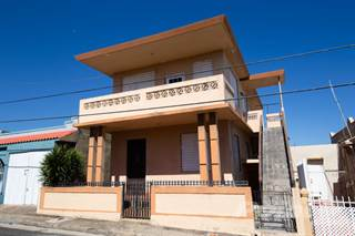 Residential for sale in Calle Los Pinos, Isabela, PR, 00662