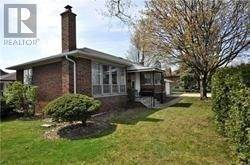 Single Family for sale in 12 SUSSEX AVE, Richmond Hill, Ontario, L4C2E4
