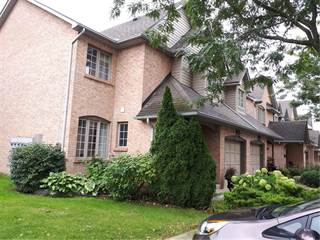 Condo for sale in 320 HAMILTON Drive, Ancaster, Ontario, L9G4W6