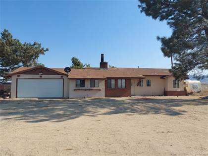 Residential Property for sale in 18140 W Avenue D, Lancaster, CA, 93536
