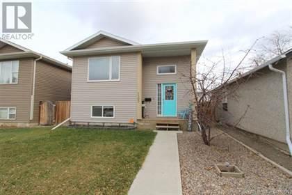 Single Family for sale in 1107 8 Street N, Lethbridge, Alberta, T1H1Z3