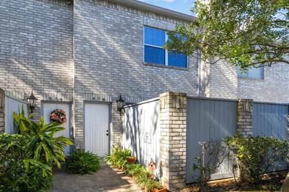 Condominium for sale in 618 Wilcrest Drive, Houston, TX, 77042