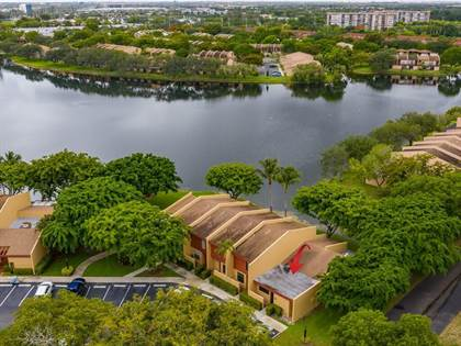 Residential Property for sale in 1494 NW 97th Terrace 292, Pembroke Pines, FL, 33024