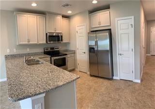 Townhouse for rent in 3753 Crofton CT, Fort Myers, FL, 33916