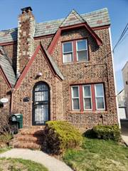Townhouse for rent in 205-15 111TH RD. GROUND, Saint Albans, NY, 11412