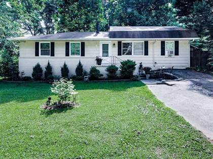 Residential Property for sale in 2457 Pine Dr, Kennesaw, GA, 30152