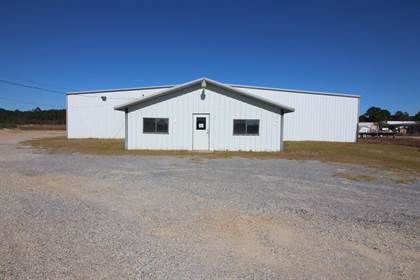 Commercial for rent in 1250 1/2 Hillcrest Drive, Laurel, MS, 39440