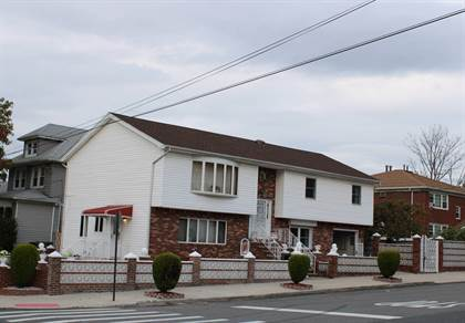 Residential Property for sale in 3423 RICHMOND AVENUE, Staten Island, NY, 10312