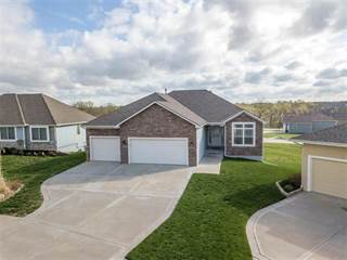 Single Family for sale in 16649 Sandstone Circle, Tonganoxie, KS, 66086
