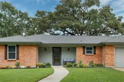 Residential for sale in 2505 Margaret Drive, Arlington, TX, 76012
