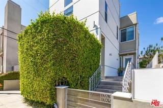 Townhouse for sale in 11763 IOWA Avenue 1, Los Angeles, CA, 90025